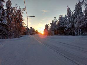 Najam Automobila Pello, Finska