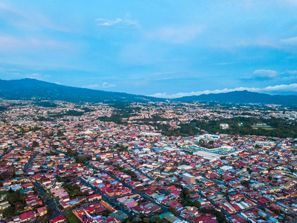Najam Automobila Escazu, Kostarika